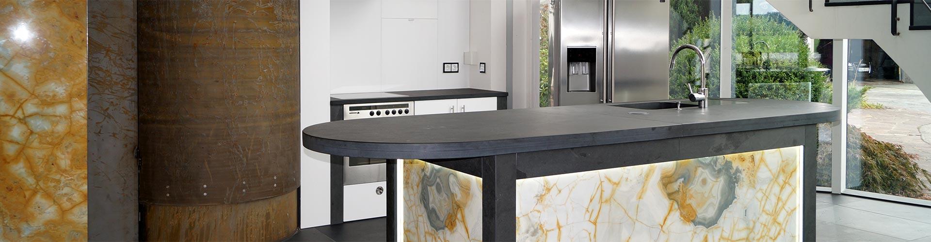 Marmor in Küche und Badezimmer