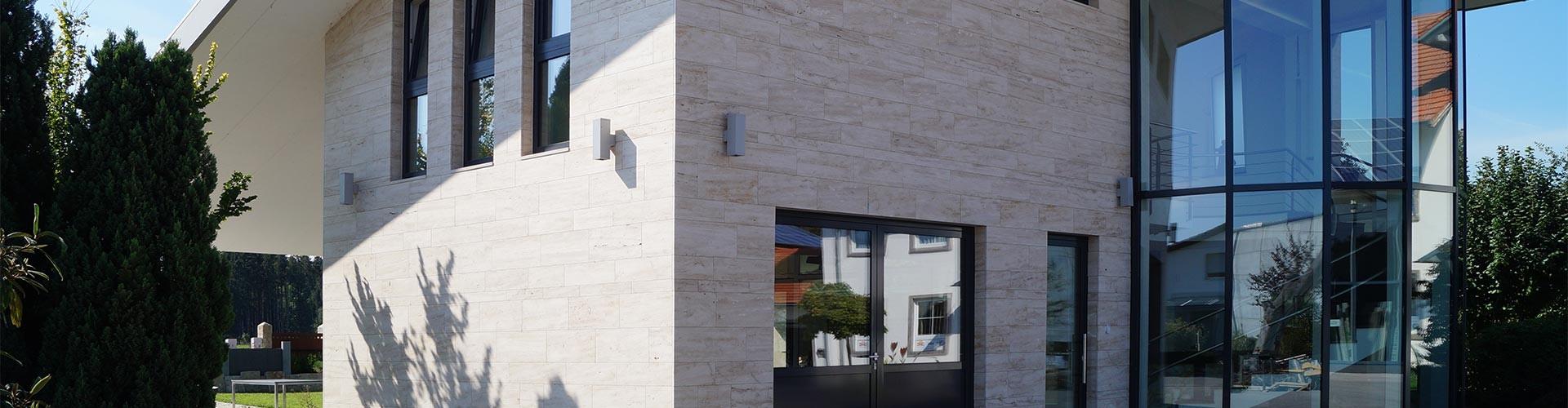 Hausfassade aus Stein